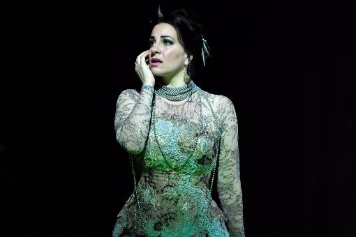 65060-traviata-el-khoury-glyndebourne-c-robbie-jack-resized